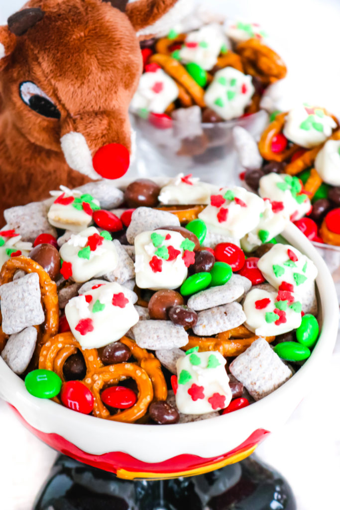 Reindeer Food Snack Mix - Reindeer Food Snack Mix is a festive trail mix with sweet and salty treats mixed together with homemade Reindeer Food bites!