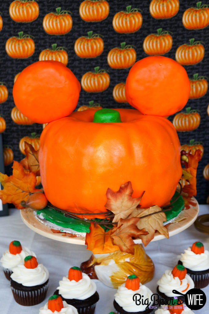 Mickey Pumpkin Cake