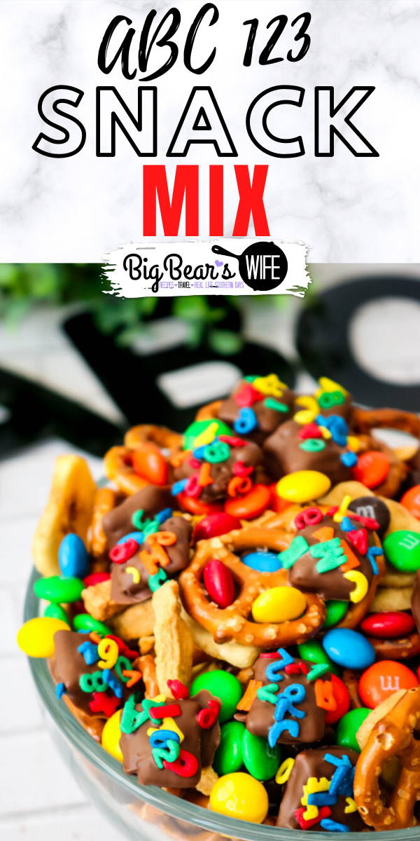 ABC 123 Snack Mix - This easy ABC 123 Snack Mix is perfect for lunch boxes or great for an after school snack!  via @bigbearswife