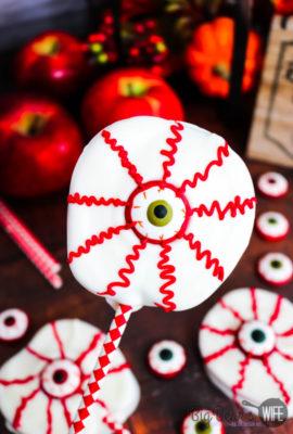 Bloodshot Eyeball Apple Slices