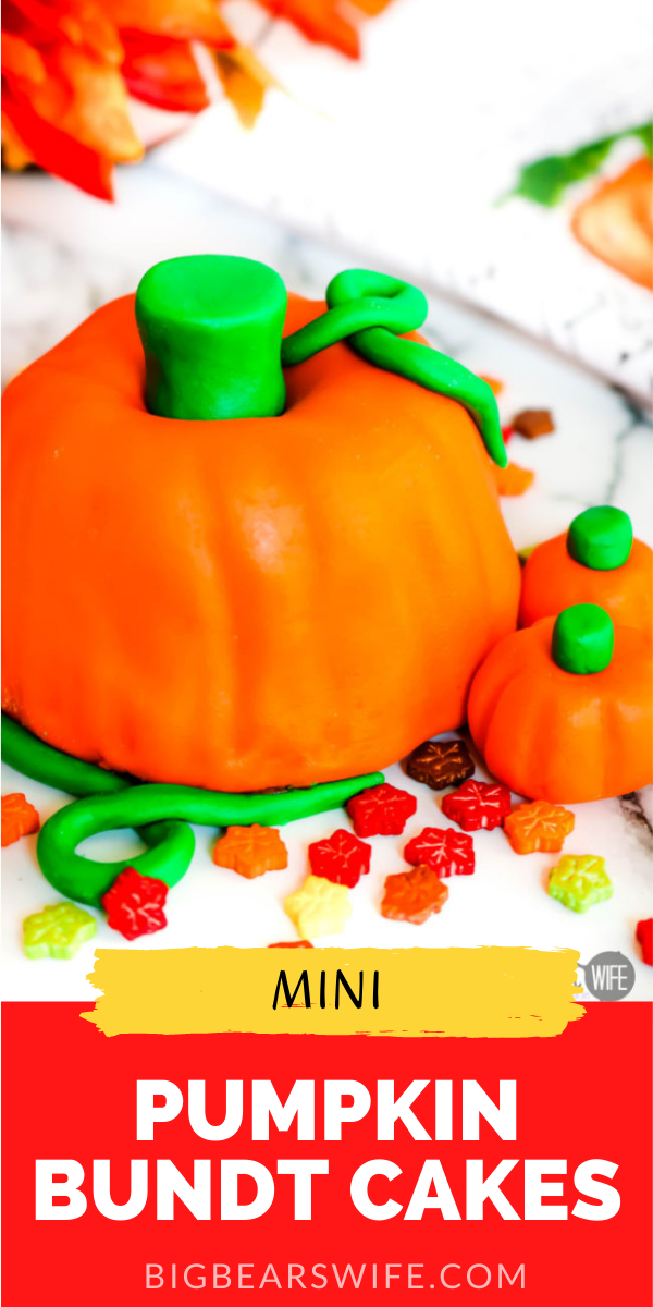 These Mini Pumpkin Bundt Cakes not only look like super cute little pumpkins but they're also pumpkin spice cake flavored! via @bigbearswife