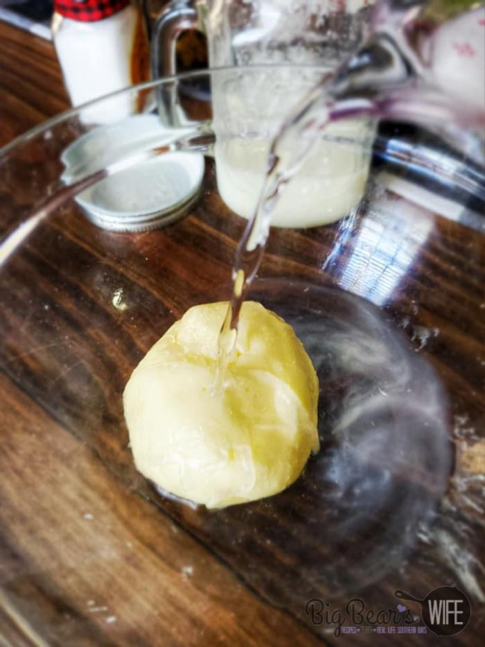 Rinsing buttermilk from butter