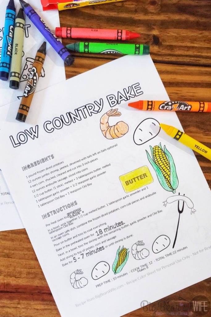 FREE Printable Recipe Coloring Pages – VOL 1- Get the kids into the kitchen with these free printable recipe coloring sheet. Let them help you create the dish and then let them coloring the recipe pages while the dish is baking or mixing!