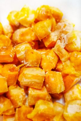 """Keto Cheese Popcorn - Cheese """"Popcorn"""" - This Keto Cheese """"Popcorn"""" is made using aged dried cheese and the oven to make a poppable snack that is low carb and keto friendly."""