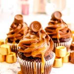 Chocolate Caramel Rolo Cupcakes