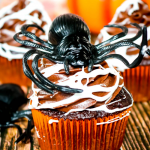 Marshmallow Spider Web Cupcakes #HalloweenTreatsWeek