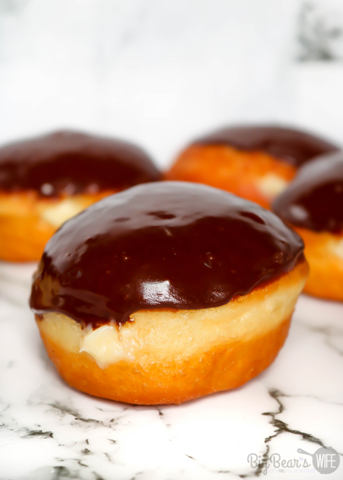 These Homemade Boston Cream Doughnuts are a take on on the popular Boston Cream Pie dessert! Don't be afraid of making homemade doughnuts! It's easier to make doughnuts at home, than you think !