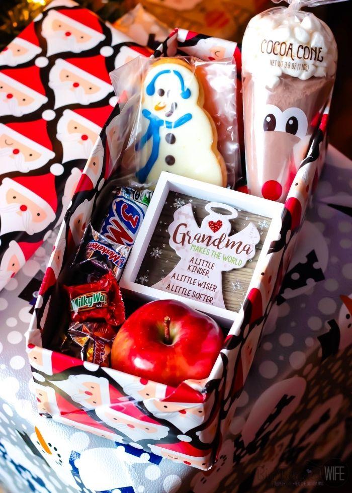 VINTAGE CHRISTMAS SHOE BOX GIFT IDEA