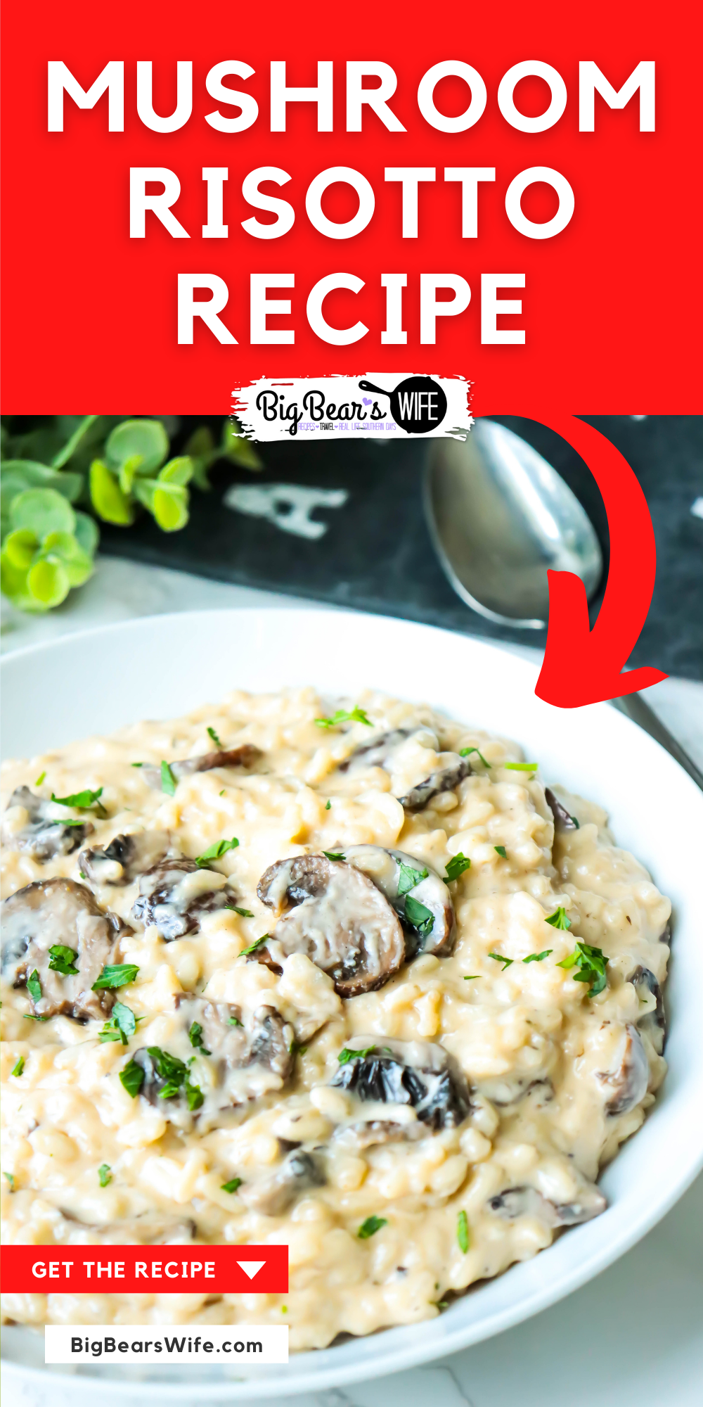 This homemade Mushroom Risotto is creamy, dreamy risotto perfection! Arborio rice, a flavorful stock, mushrooms and parmesan cheese with a bit of cream! via @bigbearswife
