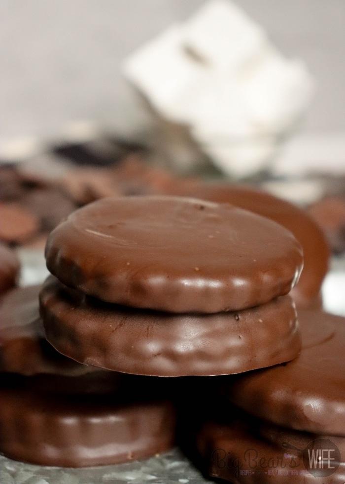 COPYCAT LITTLE DEBBIE CHOCOLATE MARSHMALLOW PIES