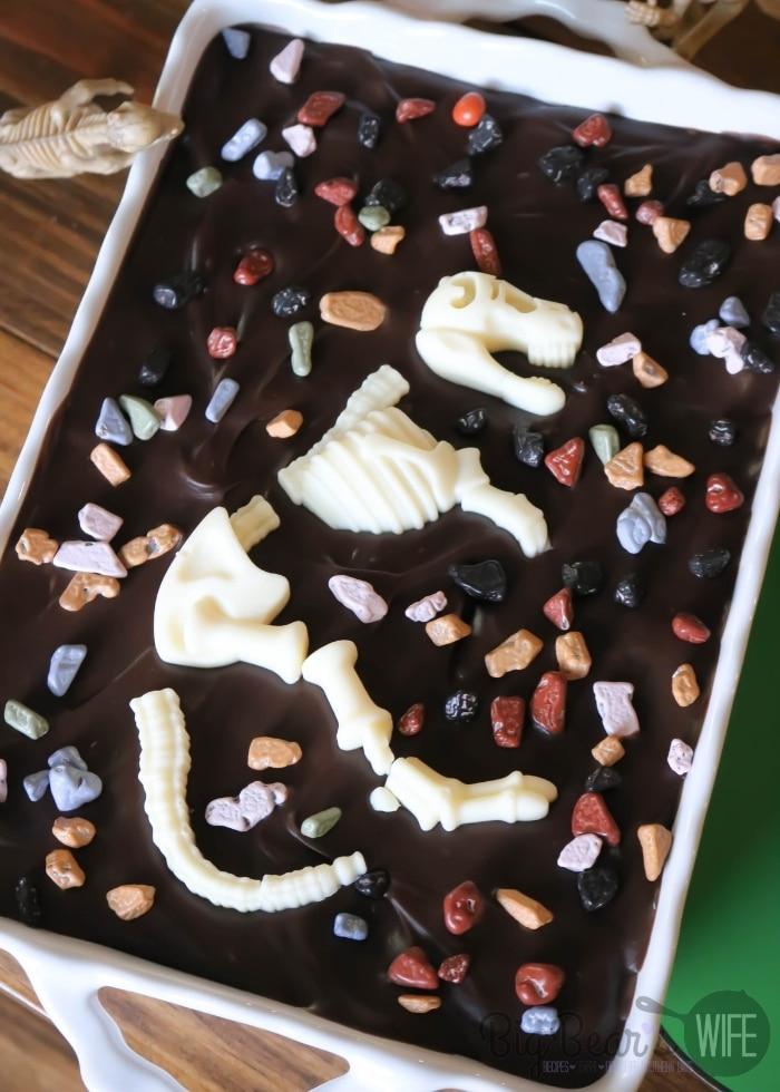 Dinosaur Fossil Eclair Dessert