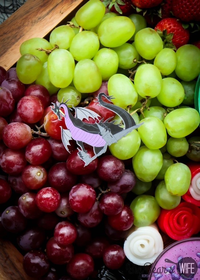 Maleficent dragon and grapes (1)